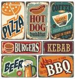 Retro manifesti dell'alimento ed elementi di progettazione illustrazione vettoriale