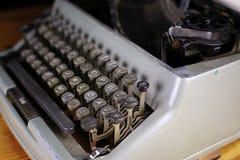 Retro maszyna do pisania list Zdjęcia Royalty Free
