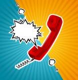 Retro metropolitana rossa del telefono di vettore nello stile comico con la bolla per testo royalty illustrazione gratis