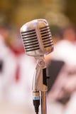 Retro microfono di progettazione Immagini Stock Libere da Diritti
