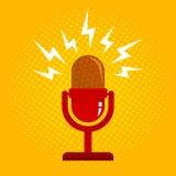 Retro microfoon en halftone Stock Fotografie