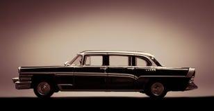 Retro modell av bilen Arkivfoton
