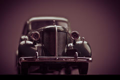 Retro modell av bilen Royaltyfria Foton