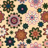 Retro modello del fiore senza cuciture nel vettore Fiori rosa verdi su fondo beige Fotografia Stock Libera da Diritti