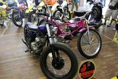 Retro motorfiets Royalty-vrije Stock Afbeeldingen