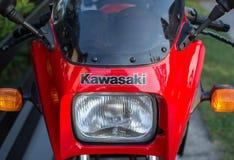 Retro- Motorrad Kawasakis GPZ draußen fotografiert Legendäres Fahrrad vom Film Top Gun Stockfotos