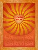 Retro- Muster mit roten, gelben und orange Solarstrahlen des Sonnenlichts Lizenzfreie Stockfotos