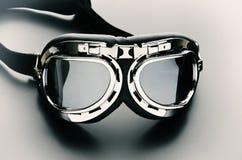 Retro occhiali di protezione della motocicletta dell'annata immagini stock libere da diritti