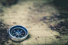 Retro okręgu megnetic kompas Fotografia Stock