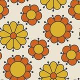 Retro oranje en geel de bloemmotief van kleurenjaren '60 Royalty-vrije Stock Afbeeldingen