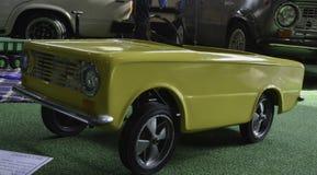 Retro pedal- bil Fotografering för Bildbyråer