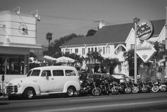 Retro pic from Johnny Rockets LA Black&White. Retro pic from Johnny Rockets Hamburgers in Los Angeles, California with parked Harley Davidsson motorbikes outside Stock Images