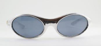 retro plast- silversolglasögon för 90-tal Arkivfoton