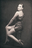 Retro- Portrait der reizvollen eleganten Frau Stockfotos