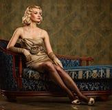 Retro- Portrait der schönen Frau. Stockfotos