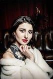 Retro- Portrait einer schönen Frau Lizenzfreies Stockbild