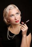 Retro Portret van de Vrouw met sigaret uitstekend beeld royalty-vrije stock afbeelding