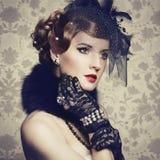 Retro portret van mooie vrouw. Uitstekende stijl royalty-vrije stock afbeeldingen