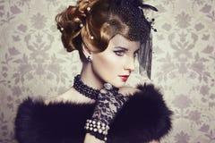 Retro portret van mooie vrouw. Uitstekende stijl royalty-vrije stock foto