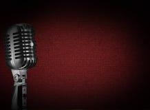 Retro priorità bassa del microfono Fotografia Stock Libera da Diritti