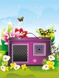 Retro radio die door bloemen wordt omringd   Royalty-vrije Stock Foto's