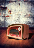 Retro radio on grunge wall background Royalty Free Stock Photos