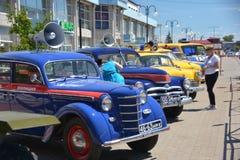 Retro retro samochodów exhibitioncars powystawowi Zdjęcie Stock