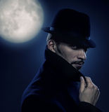 Retro ritratto dell'uomo misterioso Fotografia Stock Libera da Diritti
