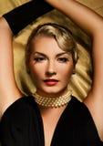 Retro ritratto della donna bella Fotografia Stock Libera da Diritti