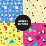 Retro rocznik 80s lub 90s mody styl Memphis bezszwowi wzory ustawiający Modni geometryczni elementy nowoczesne abstrakcyjne proje Obrazy Stock