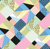 Retro rocznik 80s lub 90s mody styl Memphis bezszwowy wzór Modni geometryczni elementy nowoczesne abstrakcyjne projektu ilustracja wektor