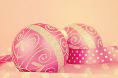 Retro roze Vrolijke ornamenten van de Kerstmissnuisterij Royalty-vrije Stock Afbeelding