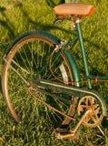 Retro ruota e Seat di bicicletta Fotografie Stock Libere da Diritti