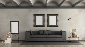 Retro salone con il sofà moderno Fotografie Stock
