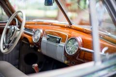 Retro samochód, retro torpedowy samochód, rocznik kierownica Zdjęcie Royalty Free