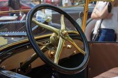 Retro Samochodowa kierownica fotografia royalty free