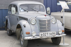 Retro samochodowy Moskvich 401 1954 uwolnienie Obrazy Royalty Free