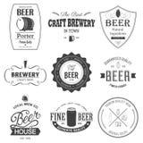 Retro- Satz angeredeter Aufkleber des Bieres Stockfotos