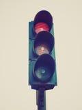 Retro semaforo del semaforo di sguardo Fotografie Stock Libere da Diritti