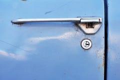 Retro serratura di porta dell'automobile Fotografia Stock Libera da Diritti