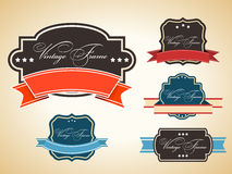 Retro set av etikett och etiketter med grungeeffekt Arkivbild
