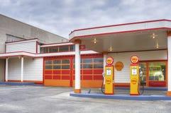 Retro Shell Gas Station in Aberdeen Washington stock photos