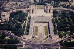 Retro sikt för 50-tal av i stadens centrum Paris, Frankrike Arkivbild