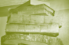 Retro- Stapel Bücher Stockfoto