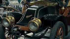 Retro stary samochód od początek 20 wieku wieka zdjęcie wideo