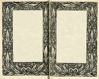 retro stil inrama den blom- prydnaden på sidorna av gamla böcker Royaltyfri Bild