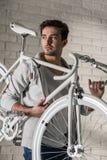 Retro styl nowożytny bicykl Fotografia Stock