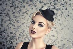 Retro style fashion woman Royalty Free Stock Photography