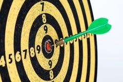 Retro stylowe cel strzałki na białym tle sukcesu cel, bramkowy pojęcie Zdjęcie Stock