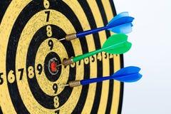 Retro stylowe cel strzałki na białym tle sukcesu cel, bramkowy pojęcie Obraz Royalty Free